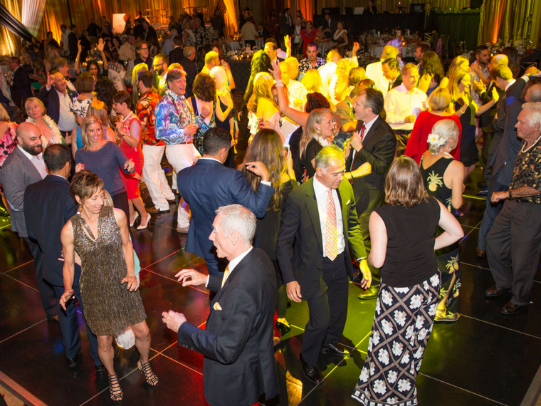 ROMP Aloha Gala Raises Fun and Funds for Family Care